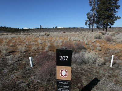 Land for sales at Lot in Tetherow 61545 Hardin Martin Lot 207 Bend, Oregon 97702 Vereinigte Staaten