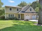 Maison unifamiliale for  sales at Desirable Oakhurst 147 Ampere Ave Oakhurst, New Jersey 07755 États-Unis