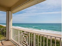 단독 가정 주택 for sales at Bahamian Style Direct Oceanfront Pool Home 7445 Highway A1A   Melbourne Beach, 플로리다 32951 미국