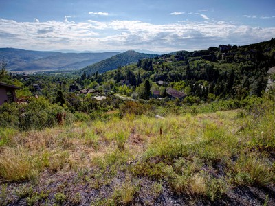 Land for sales at Downhill Lot with Expansive Views 7636 N Buckboard Dr Lot#125 Park City, Utah 84098 United States
