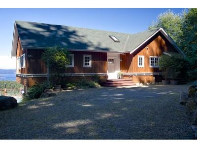 Casa para uma família for sales at The Entertainer 289 Stewart Road  Salt Spring Island, Columbia Britanica V8K2E5 Canadá