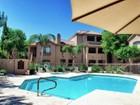 Condominio for sales at Turn-Key Condo In Great Scottsdale Location 15095 N Thompson Peak Pkwy #2075 Scottsdale, Arizona 85260 Estados Unidos