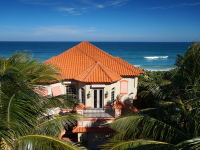Single Family Home for  at Luxurious Oceanfront Home in Melbourne Beach 7665 South Highway A1A Vero Beach, Florida 32963 United States