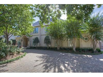 Nhà ở một gia đình for sales at 6932 Ridgewood Drive    Fort Worth, Texas 76132 Hoa Kỳ