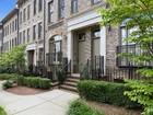 Maison de Ville for sales at Brownstones at Habersham 3617 Habersham Road NW Atlanta, Georgia 30305 États-Unis