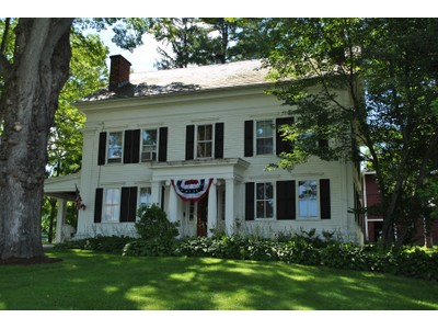Einfamilienhaus for sales at Historic White Rocks 1774 US Route Route 7 South  Wallingford, Vermont 05773 Vereinigte Staaten