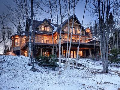 Single Family Home for sales at Saint-Donat 436 Ch. Régimbald Saint-Donat, Quebec J0T2C0 Canada
