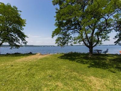 Vivienda unifamiliar for sales at Saratoga Lake Peninsula 569 Route 9P Saratoga Springs, Nueva York 12866 Estados Unidos