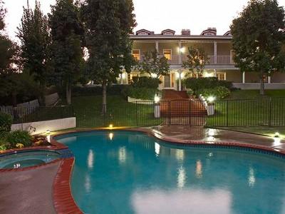 Maison unifamiliale for sales at 2150 Cold Canyon Road  Calabasas, Californie 91302 États-Unis