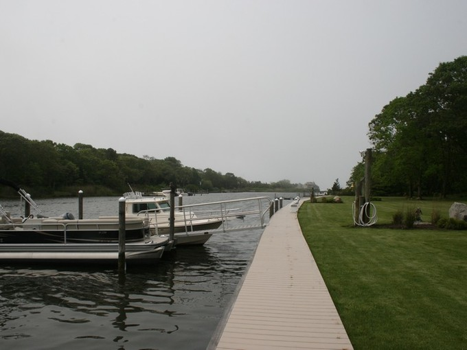 Casa Unifamiliar for sales at 3.24 Subdivided Acres on Deep Water Canal 42 44 & 46 Cedar Lane  Remsenburg, Nueva York 11960 Estados Unidos