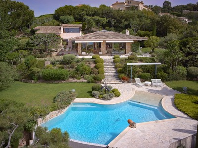 Villa for sales at Cannes Croix des gardes  Cannes, Provenza-Alpi-Costa Azzurra 06150 Francia
