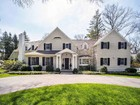 Single Family Home for  sales at Classic Standard 4 Point O Woods Road Darien, Connecticut 06820 United States