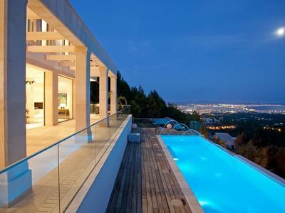 Maison unifamiliale for sales at Villa in exceptional Feng Shui design -Son Vida  Palma Son Vida, Majorque 07013 Espagne
