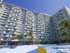 Condomínio for sales at 1000 West Ave. #201 1000 West Ave. Unit 201 Miami Beach, Florida 33139 Estados Unidos