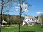 Vivienda unifamiliar for  sales at Extraordinary well designed house 25 Blue Brook Road   Dover, Vermont 05356 Estados Unidos