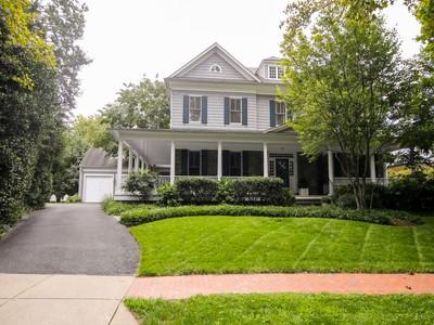 Villa for sales at Chevy Chase Village 2 Melrose Street W  Chevy Chase, Maryland 20815 Stati Uniti
