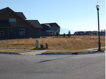 Terreno for sales at Corner Lot with Beautiful Views 274 Vista Drive   Whitefish, Montana 59937 Stati Uniti