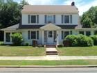 Villa for sales at Seashore Colonial 50 Minerva Ave Manasquan, New Jersey 08736 Stati Uniti