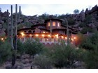 Moradia for  sales at The Wedding Cake House 6948 E Stagecoach Pass Carefree, Arizona 85377 Estados Unidos