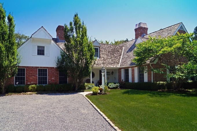 Tek Ailelik Ev for sales at Hamptons Retreat 8 Bridle Path Remsenburg, New York 11960 Amerika Birleşik Devletleri