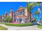 Villa for sales at 227 2nd Street   Huntington Beach, California 92648 Stati Uniti