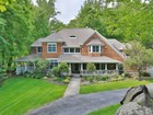 Einfamilienhaus for  sales at Elegant Colonial in Bucolic Setting 3 Flanders Lane   Cortlandt Manor, New York 10567 Vereinigte Staaten