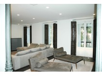 Appartement for sales at Luxury Apartment in Jeronimos ruiz de alarcon Madrid, Madrid 28014 Espagne