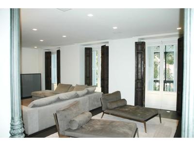 Appartamento for sales at Luxury Apartment in Jeronimos ruiz de alarcon Madrid, Madrid 28014 Spagna