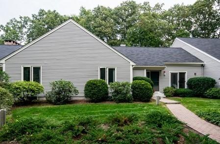 Condominio for sales at Lincoln Ridge 22 Birchwood  Lincoln, Massachusetts 01773 Estados Unidos
