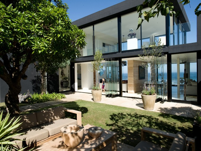Moradia for sales at Black house on the Dune  Wilderness, Western Cape 6560 África Do Sul