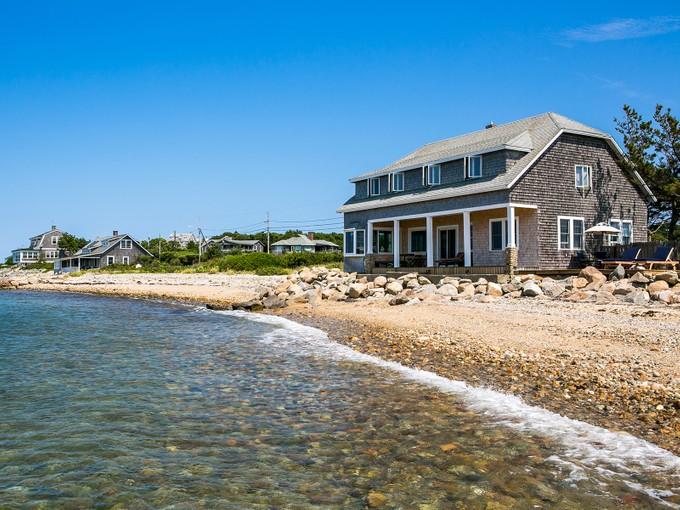 一戸建て for sales at East Chop Beach House 283 East Chop Drive   Oak Bluffs, マサチューセッツ 02557 アメリカ合衆国