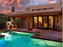 Nhà ở một gia đình for sales at Magnificent Custom Retreat 7263 E Arroyo Hondo RD   Scottsdale, Arizona 85266 Hoa Kỳ