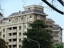 Outros residenciais for sales at Victoria II Ln. 112, Jihu Rd., Zhongshan Dist. Taipei City, Taiwan 104 Taiwan