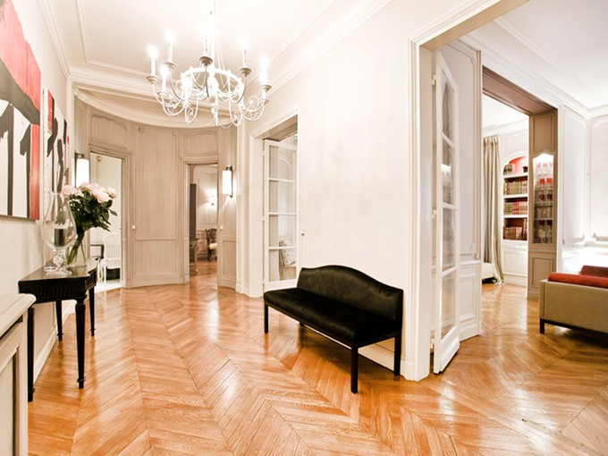 Квартира for sales at Sublime family apartment - Trocadero  Paris, Париж 75016 Франция