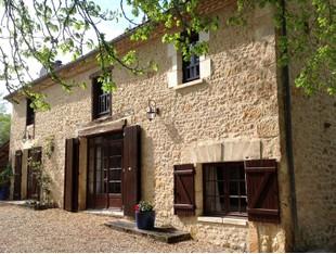Apartamentos multi-familiares for sales at For sale ancient farmhouse and estate, Périgord vert Thiviers Other Dordogne, Dordogne 24800 França
