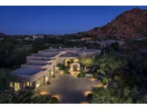 Vivienda unifamiliar for sales at Golf Course Lot With Outstanding Mountain Views In Troon's Windy Walk Estates 26375 N 107th Way   Scottsdale, Arizona 85255 Estados Unidos
