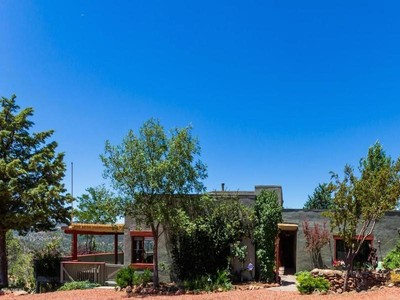 Einfamilienhaus for sales at Rare Prescott Gem 33 Pinnacle Circle Prescott, Arizona 86305 Vereinigte Staaten