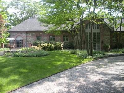 "Tek Ailelik Ev for sales at ""The Warren and Wetmore Carriage House""  Tuxedo Park, New York 10987 Amerika Birleşik Devletleri"