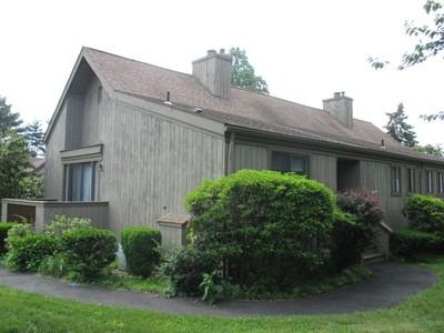 Casa Unifamiliar for sales at 125B Cayuga Lane  Stratford, Connecticut 06614 Estados Unidos