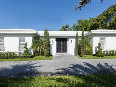 Single Family Home for sales at Bay Point 4420 Bay Point Rd. Miami, Florida 33137 United States