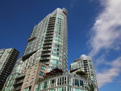 Nhà ở một gia đình for sales at Avila at Waterfront Place 1701 560 Cardero Street Vancouver, British Columbia V6G2W6 Canada
