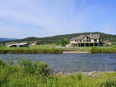 Villa for sales at Gallatin River Homestead 46700 Gallatin Road  Gallatin Gateway, Montana 59730 Stati Uniti