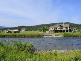 Villa for sales at Gallatin River Homestead 46700 Gallatin Road Gallatin Gateway, Montana 59730 Stati Uniti