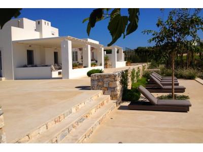 Nhà ở một gia đình for sales at Sea Front Villa in Paros Paros, Nam Aegean Hy Lạp