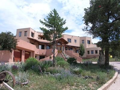 Maison unifamiliale for sales at Incredible Value! 384 Wooden Deer Carbondale, Colorado 81623 États-Unis