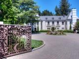 Casa Unifamiliar por un Venta en Grand Ross Compound 11 Circle Drive Ross, California 94957 Estados Unidos