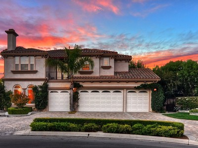 Vivienda unifamiliar for sales at 6891 Steeplechase Circle  Huntington Beach, California 92648 Estados Unidos