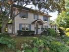 Einfamilienhaus for  sales at 4 Sherwood 4 Sherwood Avenue  Pelham, New York 10803 Vereinigte Staaten