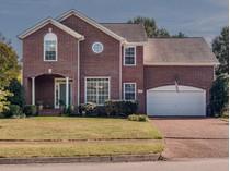 Einfamilienhaus for sales at 136 Clarendon Circle    Franklin, Tennessee 37069 Vereinigte Staaten