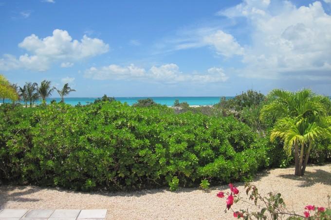 Vivienda unifamiliar for sales at Villa Amar on Tranquility Lane Leeward, Providenciales Islas Turcas Y Caicos